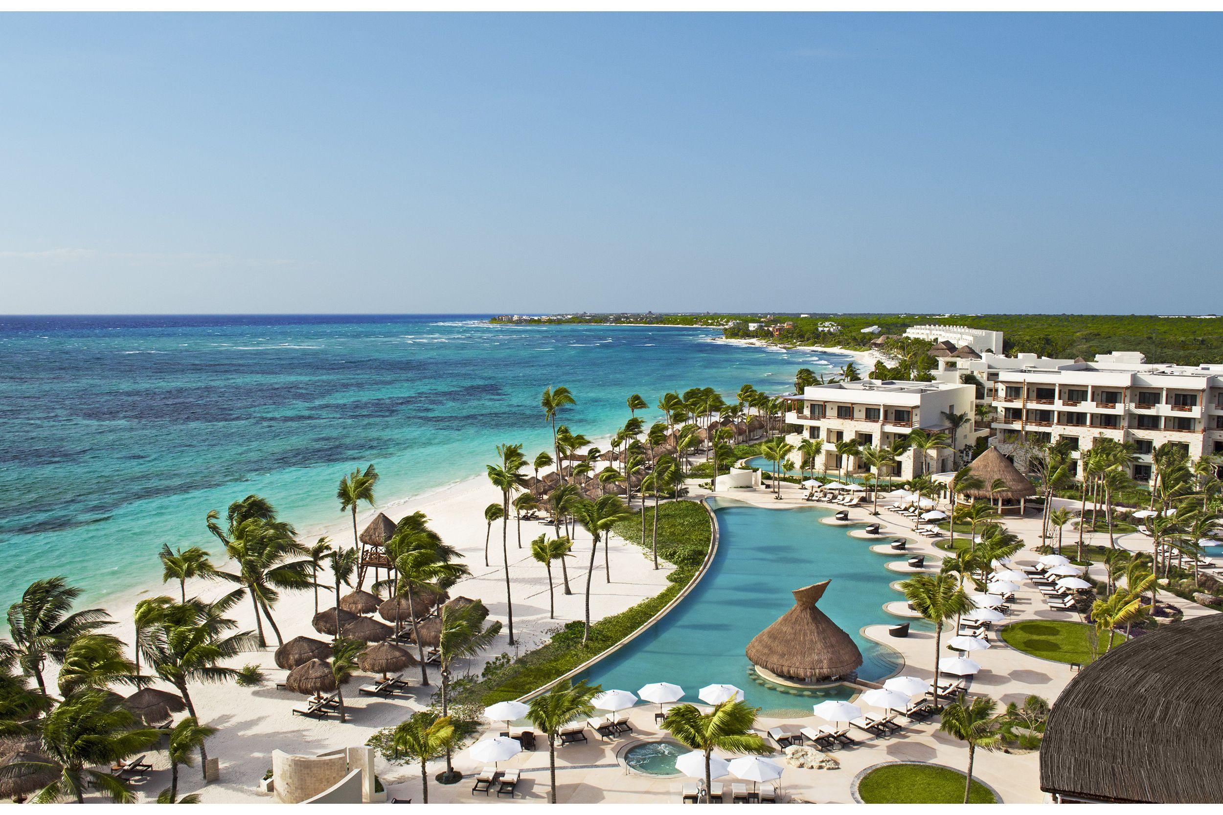Riviera Maya Resorts >> Secrets Akumal Riviera Maya