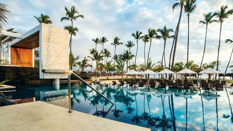 adults only luxury resort free form pool